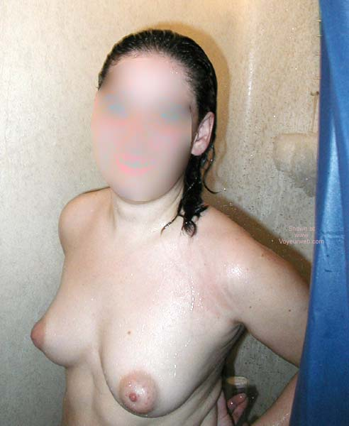 Pic #1 Hot Girlfriend in Shower