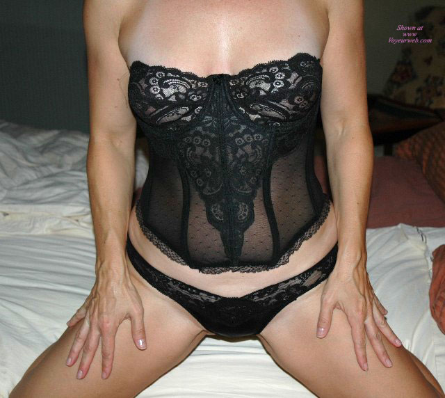 Molly Az Lingerrie , I Need A Guy To Join Me And Hubby..for Our First MFM