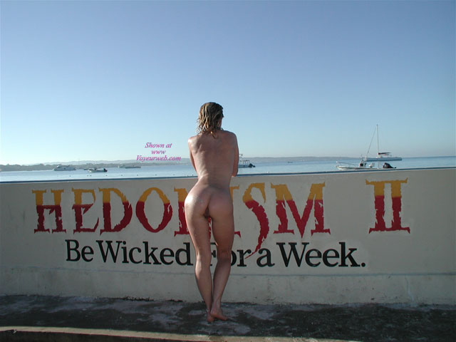 Sexy Ass Outdoors , Havn Fun Outdoors...little At Hedo, Plyn In The Snow, In The Water.......<br /><br />please Vote<br />:)