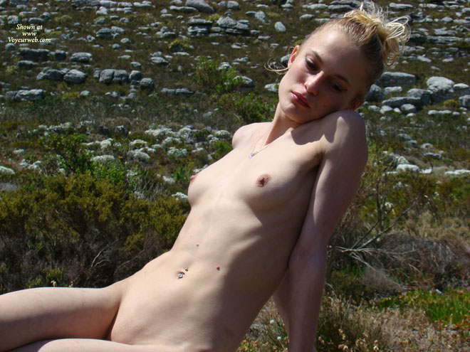 Reclining Nude In The Field - Nude Outdoors, Naked Girl, Nude Amateur , Nude Outdoor, Sunshine On Front Of Girl, Skinny And Beautiful, Pierced Naval, Thin Body, Posing On Rocky Land, Skinny, Reclining Outside, Naked In Nature