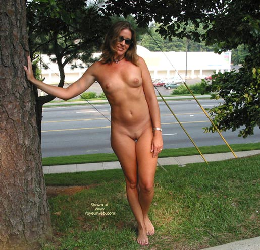 Naked Outdoors - Naked Outdoors , Naked Outdoors, Fully Eip, Posing By Street