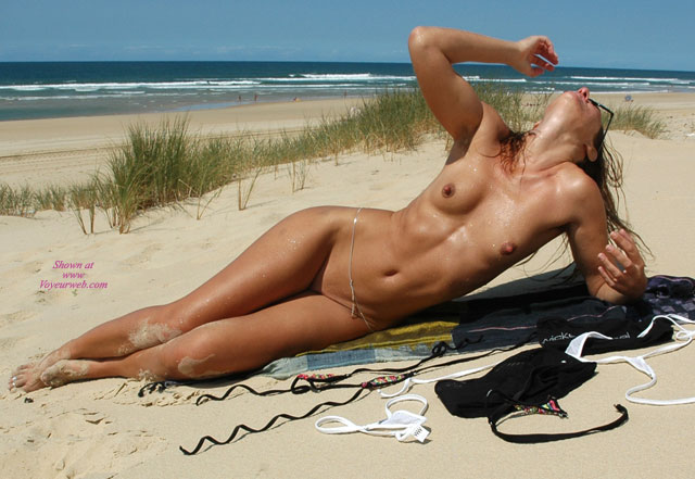 The No tan lines girls nude