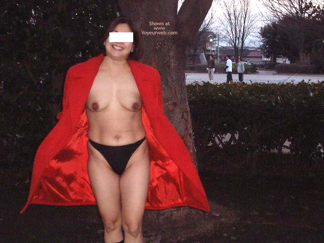 Pic #1 Tart Exposed in The Park 2