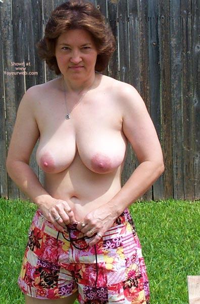 Pic #1 Frisky Wife In Backyard