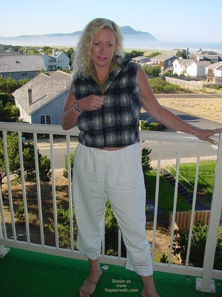 Pic #1 Ashley Balcony 2