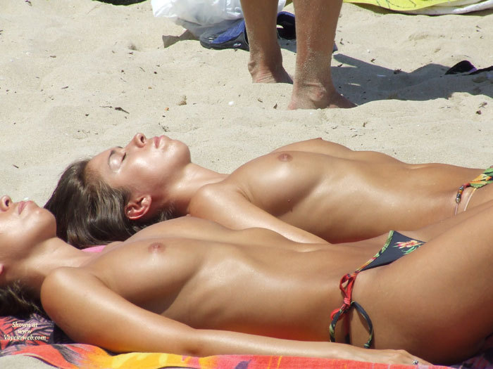 Natural tits on the beach