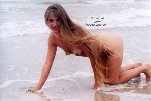 Pic #1 Amber Nude @ High Island