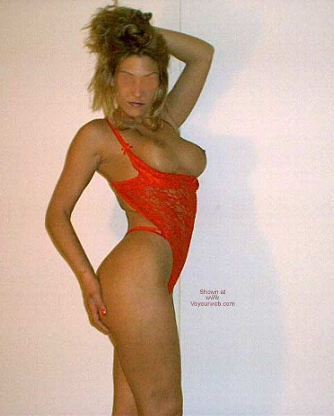 Pic #1Playmate in Red