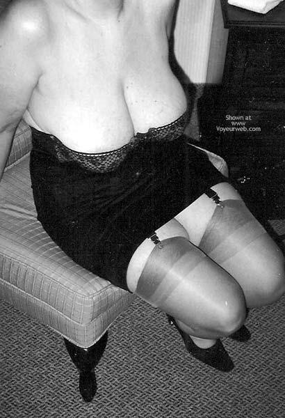 Pic #1 SA Classy Garters and Nylons