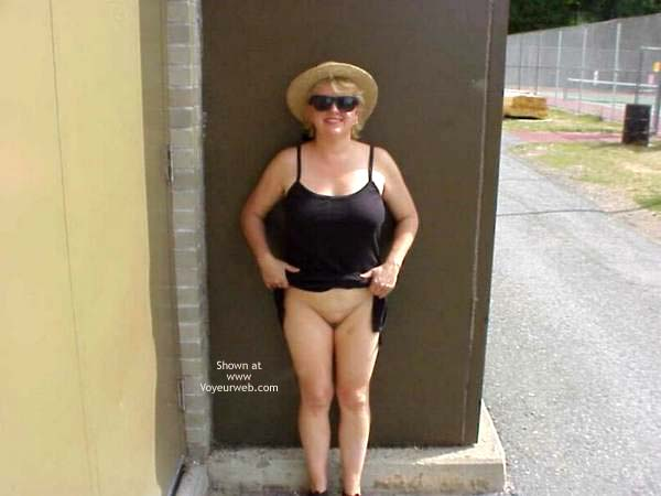 Pic #1 *PA Older Gal Outdoor Fun