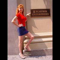 Sandy Redhead Flashing In New York