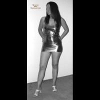 Sexy Girl , Me Encantaría Que Publicaran Estas Fotos Para Ver La Sorpresa Que Se Lleva Mi Chica, Le Gusta Verse Observada, Ojala Se Anime A Tomarse Otras Con Menos Ropa.<br /> <br />Por Favor No Publiquen Mi E-mail.<br /> <br />Un Beso.<br /> <br />