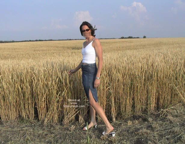 Pic #1 Farmer's Wife Goes to Wheat Field