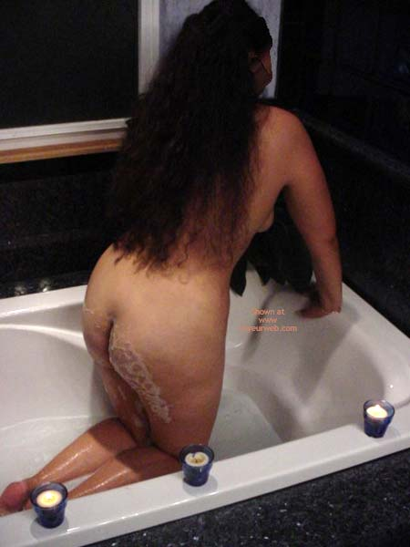 Pic #1 Fun in The Tub