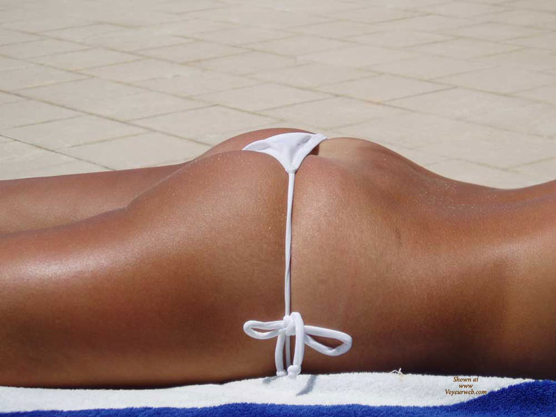 White Tied String Bikini - Tan Lines , Tanned Tush On Towel On Tile, Perfectly Fittting String Bikini, White Bikini, White Thong, Beach Girls, White G-string, Nice Tan Lines, String Bikini Showing Butt Crack, Bikini Bottom, Sunbathing