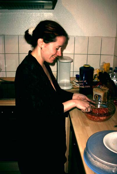 Pic #1 German Girl in The Kitchen!
