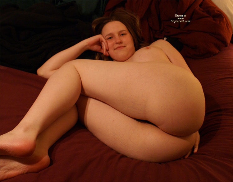 Nude Girl Squatting - Round Ass, Naked Girl, Nude Amateur , Head Resting On Hand, Looking Into Camera, Laying Naked On Bed, Big Round Ass, Ass Shot, Curvy Lines, Lying On Back On Bed, Plump Girl Nude, Curled Up