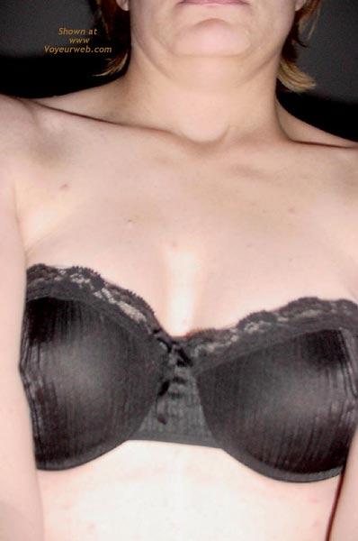 Pic #1 Sexy 35 yo Bra Model