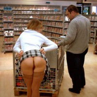 *Sn Julie Hsavoie In An Adult Shop