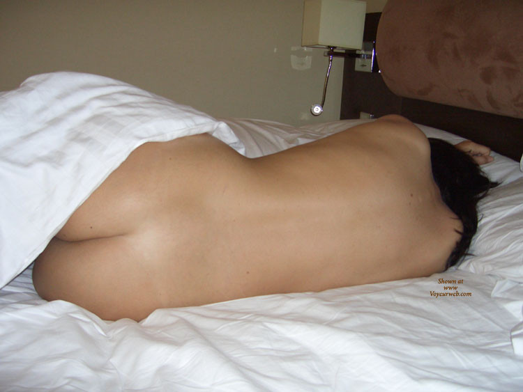 First Time , This Is My Sexy Girlfriend In A Hotel We Stayed At Recently. She Is Normally Shy But Allowed Me To Take These Photos And Was Really Turned On By It. There Are More And, If We Get A Positive Response, We May Post Them Too.