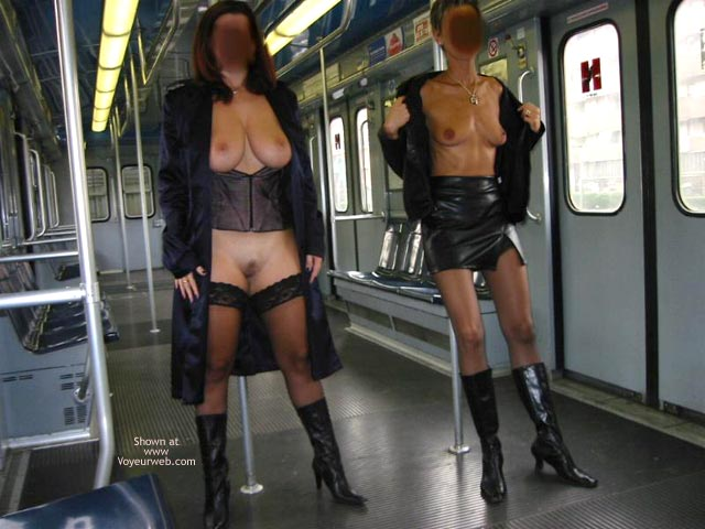 Pic #1 *GG Tiziana and Stefy in Metro