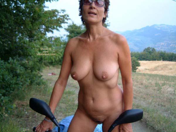 Pic #1 Mia Moglie in Campagna