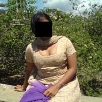 Desi Aunty Nude In Park