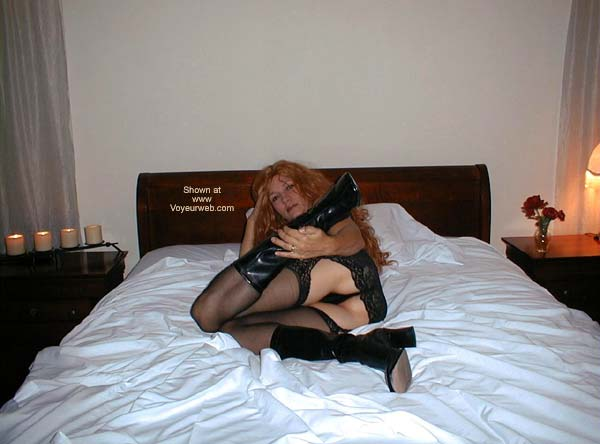 Pic #1 BE Claudia Sexy In Bed 1