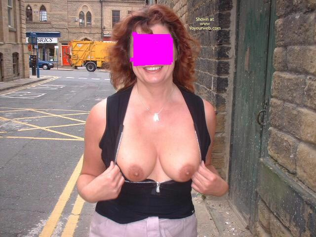 Pic #1 Sue 41 Uk Flashing