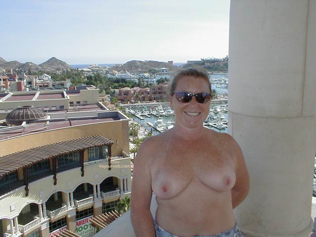 Pic #1 Redhead From Seattle in Cabo 2