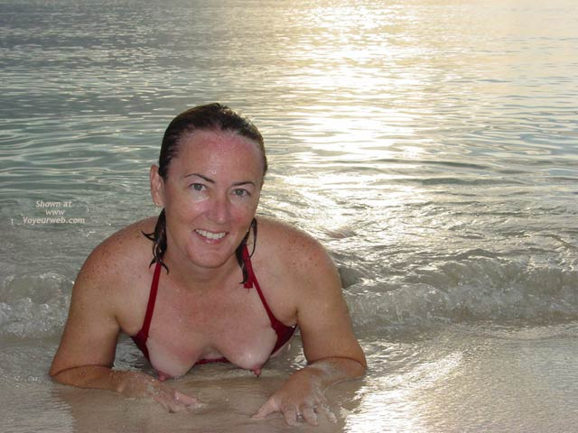 Pic #1 Emmie in Jamaica