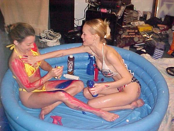 Pic #1 *GG 2 Sexy Girls, A Pool, and Paint