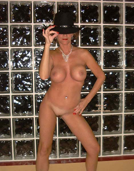 Pic #1 Diamonds You Can Leave Your Hat On!