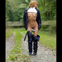 Stripping Outdoors , Stripping Outdoors, Black Lebel Suit, Bush Out Of Leather, Black Leather Pants, Black Leather Jacket