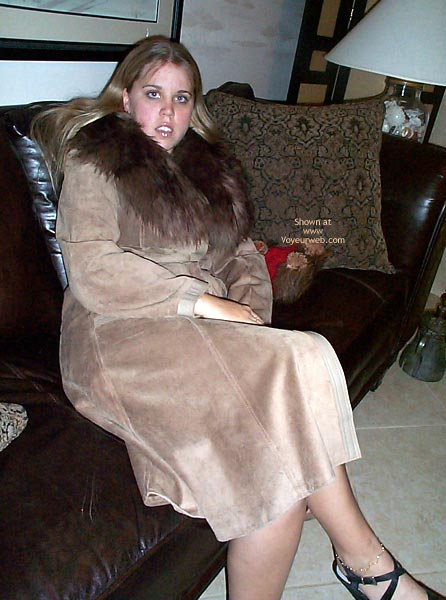 Pic #1 21 yo Having Fun In Leather/Fur