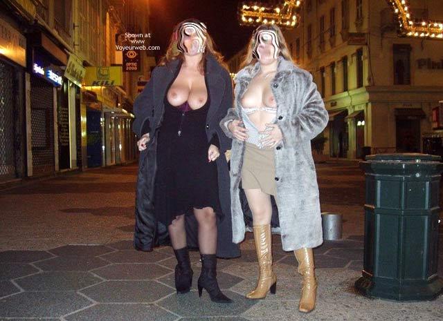 Pic #1 *GG Tiziana & Jennifer in France