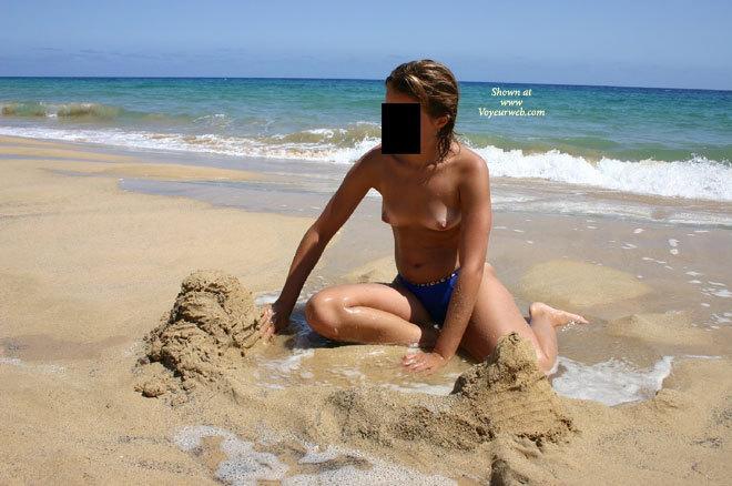 My Girlfriend At The Beach , My Girlfriend Love The Beach! Enjoy!