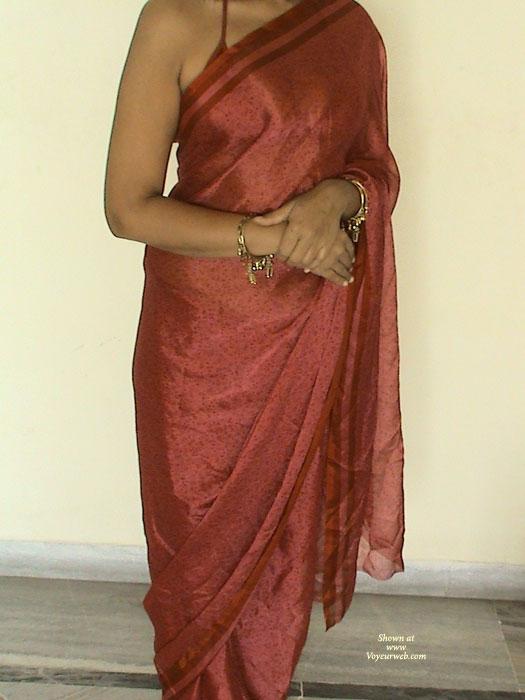 indian saree Hot strip wife