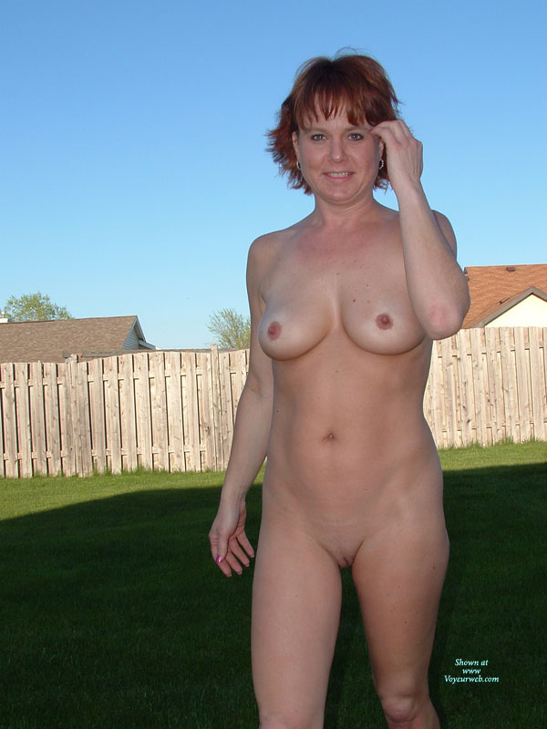 naked Nude wife back yard