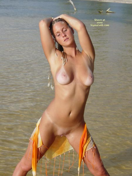 Shaved Pussy - Shaved Pussy, Tan Lines, Beach Voyeur , Shaved Pussy, Tan Lines, Beach Scene
