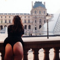 Butt Flash At The Louvre , Courtyard Flash, Public Butt Flash, Raising Skirt, Black Thong, Thonged Ass Raised Skirt Flash, Outside In The City, Rear View Of Nice Bum, Thong On Balcony, Butt Flash In Paris, Leaning On Railing