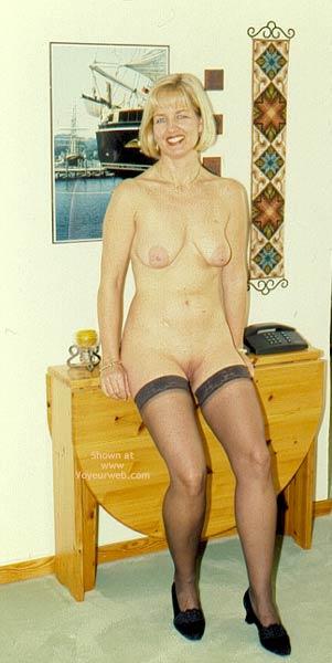 Pic #1 Enna in Stockings
