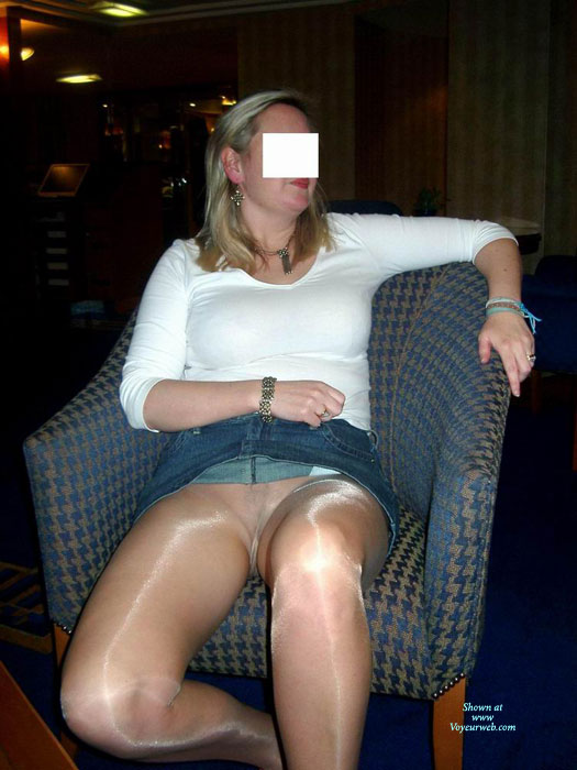 MILF Flashing Pussy Through Pantyhose - Flashing, Milf, Naked Girl, Nude Amateur, Pussy Flash , White Top, Blue Denim Mini-skirt, Girl Sitting In Chair, Sheer Pantyhose, Nude Pantyhose Sheer To Waist, Pantieless Under Pantyhose, Pantyhose Without Panties