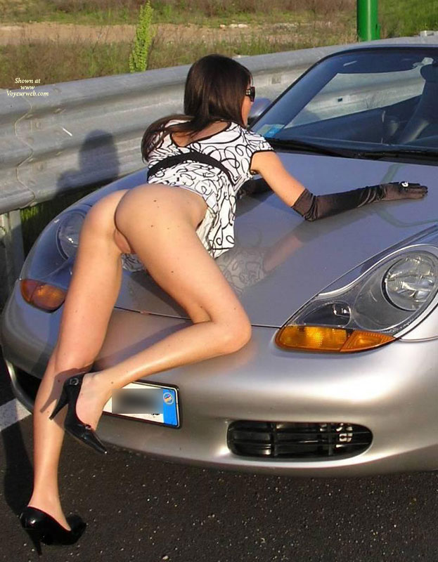 Girls nude Porsche and