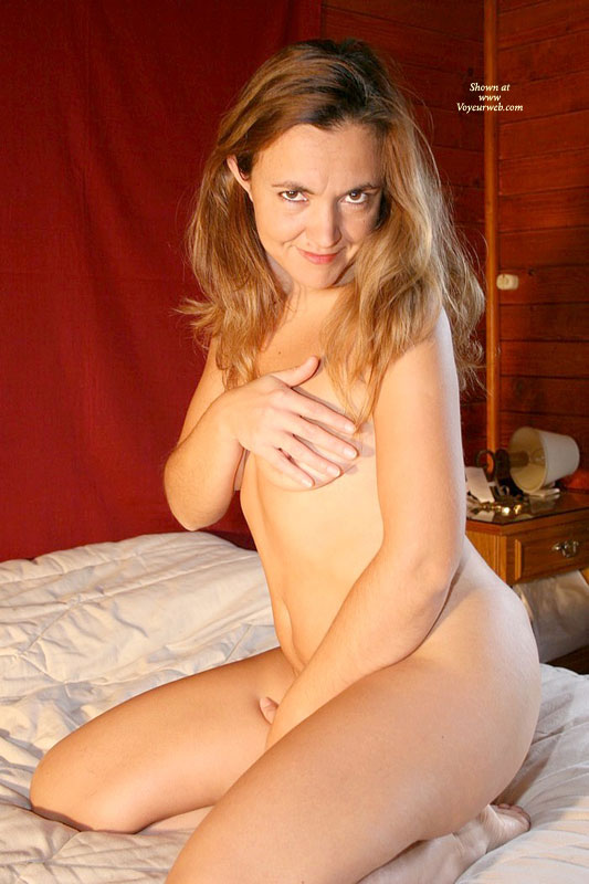 Nude Milf Sitting On Bed - Brown Eyes, Brown Hair, Long Hair, Milf, Small Breasts, Naked Girl, Nude Amateur , Looking Directly To Camera, Shy And Sexy, Belly Exposed, Kneeling On Bed, Bad Girl On Bed, Teasing Nipple, Naked In Bed, Sitting Naked On A Bed In A Cabin, Brown Eyes