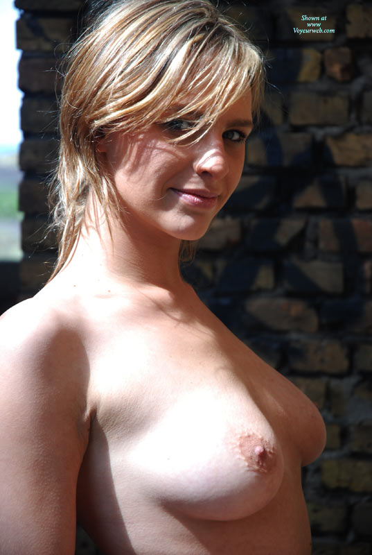 Sexy Smile Topless - Natural Tits, Topless, Looking At The Camera , Nice, Head And Sholders, Outdoor Bust Shot Pretty Face, Sun Streaked Medium Hair, Sideways Glance, Stanting Topless