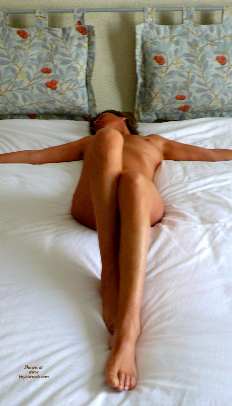Stretched Out On Bed In Cross Pose With Legs Bent - Long Legs, Spread Legs, Naked Girl, Nude Amateur, Sexy Legs , Bedroom Cross Position, Resting Naked On Bed, Nude Girl On Bed, Arms Spread Away, Legs Firmly Closed, Cute Bare Feet And Toes, Classic On Bed, Looking Away From Camera, Beauty And The Bed, Lying On A Bed, Long Slim Legs