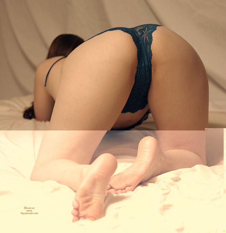 Doggy Position On A Bed - Doggy Style, Sexy Ass, Sexy Feet , Sexy Panties, Smooth Skin, Panty Crotch From Behind, Foot Fetish Fanciers Enjoy, Nice Feet, Waiting For Kate, On All Fours, Black Panties, Bare Feet, Ass In Air, Smooth Ass, Ass In The Air