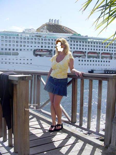 Pic #1 Brooke'S Cruise Upskirt