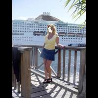 Brooke'S Cruise Upskirt
